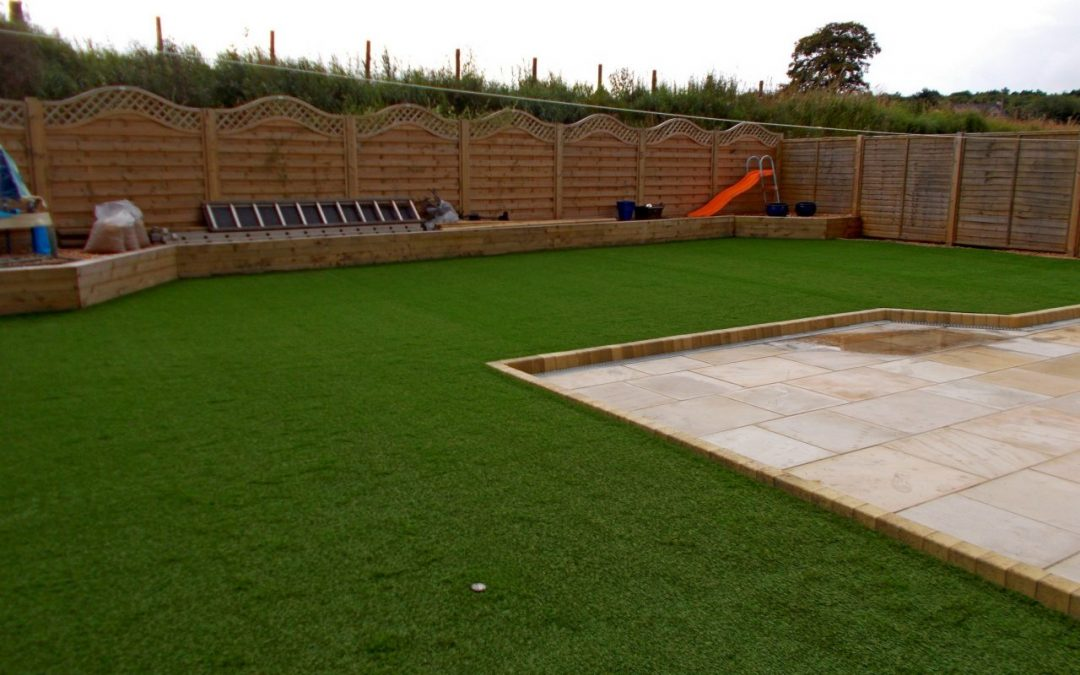 ARTIFICIAL GRASS PILE HEIGHT – WHAT IT IS AND WHY IT'S IMPORTANT